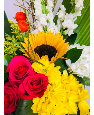 Colourful flower bouquet with sunflower
