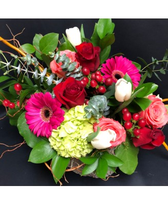 Bouquet of flowers from our Q4 team's favorites