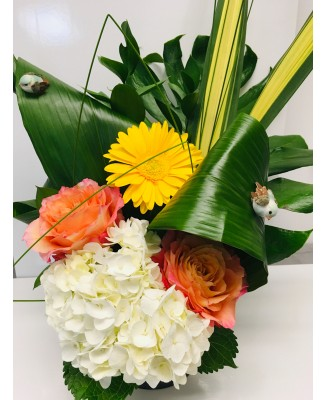 Modern flower arrangement with colours