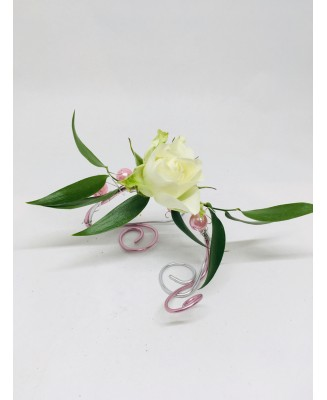 Bracelet with rosette and rose touch