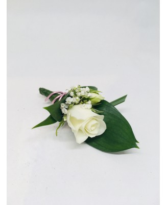 One buttonhole with white rosette