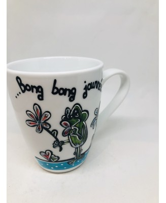 Mug with hand-painted frog