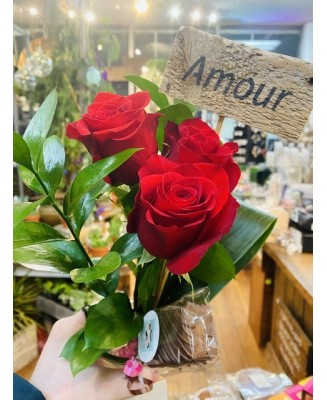 Combo 3 roses rouge, affiche amour et chocolat...